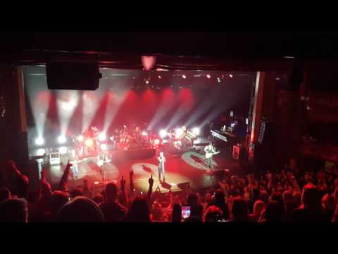Bon Jovi - Bad Medicine - London Palladium