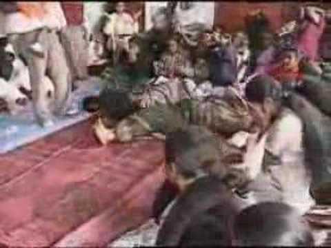 Tie A By Punjabi Girl Turban www.punjabiturban.com from YouTube · Duration:  9 seconds
