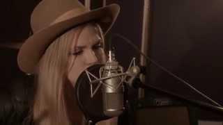 "Kristin Diable: ""True Devotion"" - MAD Dragon Session"