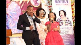 Junior Gertrude Rwakatare awaliza wengi kwenye Sherehe ya bibi yake  Hayati Askofu Dkt. G. Rwakatare