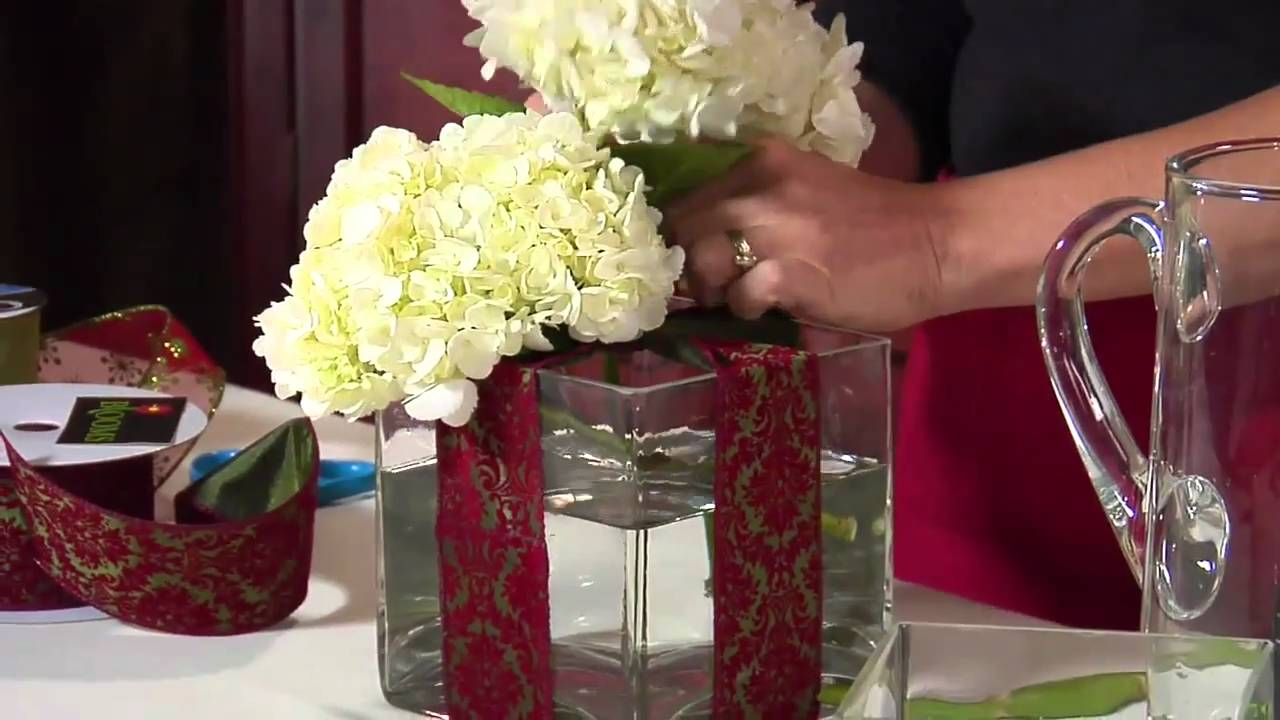 how to make roses last longer in a vase