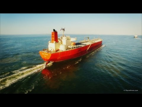 Tankers Magic Victoria & José Progress at Sea - DJI Phantom 3 - Aerial view 4K