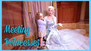 One of SprinkleofChatter's most viewed videos: Meeting Disney Princesses | Sprinkle of Chatter