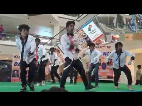 36 citi mall bilaspur c.g freestyle gruop dance