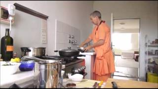 Indian Kadhi,okra,chapati - Vegetarian Cooking With Sadhvi Uma Puri