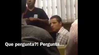 INACREDITÁVEL: PRESO ESCULHAMBA JUIZ EM AUDIÊNCIA DE CUSTÓDIA