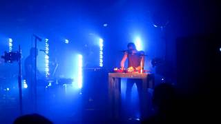 Nine Inch Nails ( NIN ) perform the instrumental, La Mer , live at ...