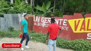 Cuando Un Delincuente Trata De atracar Un Real Tigre  (El haitiano y el dominicano  )