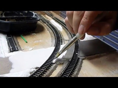 Union Pacific & Santa fe Railway n scale layout update 1/6/16 - How to make roads