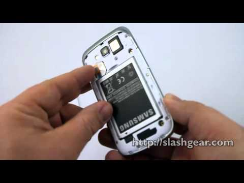 Samsung Focus 2 Hands-on and unboxing
