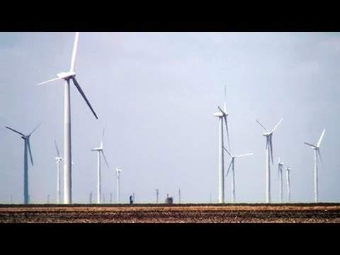 World's Largest Wind Farm Churns in Texas - YouTube