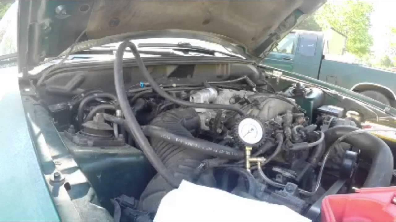 medium resolution of fuel pressure check on 98 mustang 3 8 v6