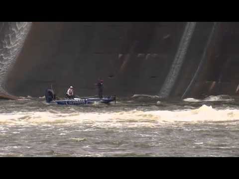 Jared Miller Crunches His Boat
