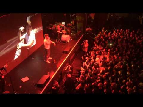 Marc E Bassy performs