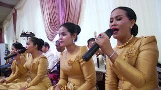 បទ សំពៅថយ ប្រគុំតន្ត្រីប្រពៃណីច្រើនពិតជាពិរោះណាស់, Khmer Song, Kimhour Pang