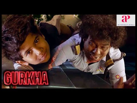 gurkha-movie-super-scene-|-yogi-babu-saves-the-kid-|-plans-formed-to-free-the-hostages-|-ravi-mariya