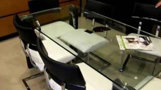 Muebles de cocina LUSSO -  Mesas y sillas con diseño actual