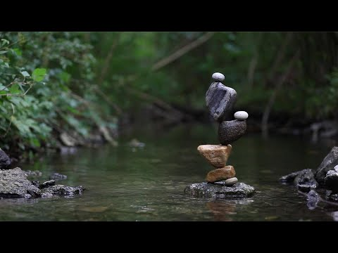Guy Creates Incredible Rock Balancing Statues