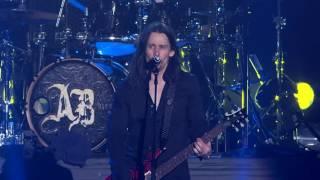 Alter Bridge - Open Your Eyes [Live At Wembley 2011]