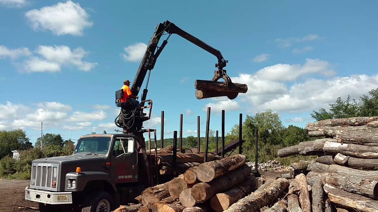 Log Truck International 2674 w Prentice 120 C for Sales Tri Axle 6x4