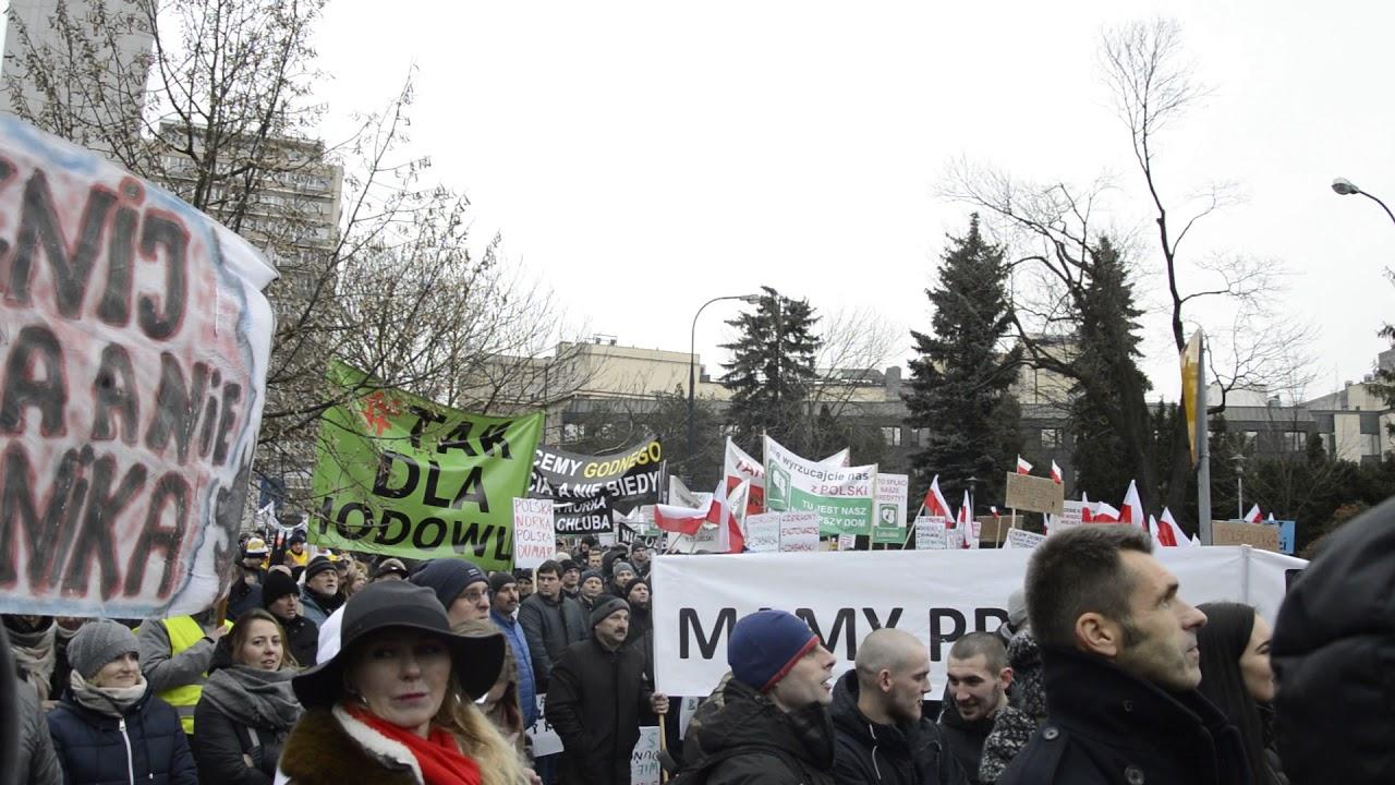 Drugi dzień protestów rolników pod Sejmem