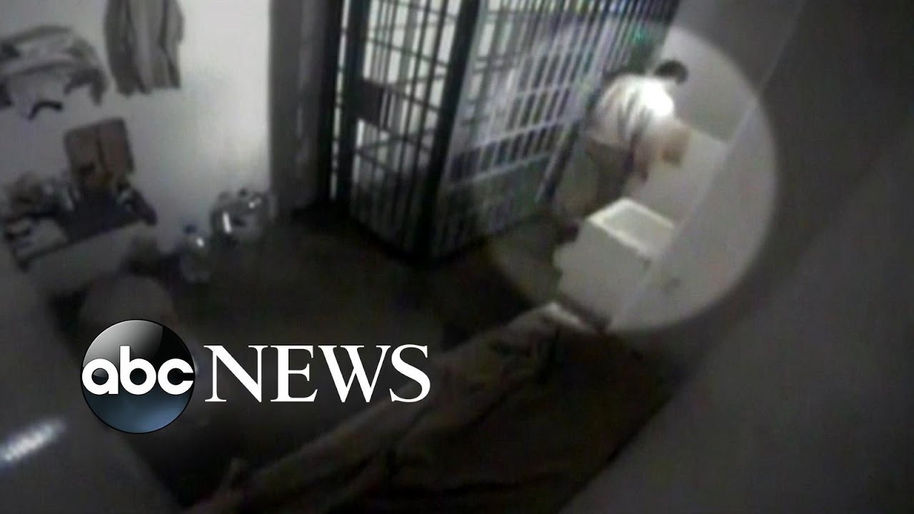 go inside the jail cell of el chapo youtube