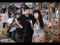 Capture de la vidéo Juanes & Mon Laferte: Npr Music Tiny Desk Concert