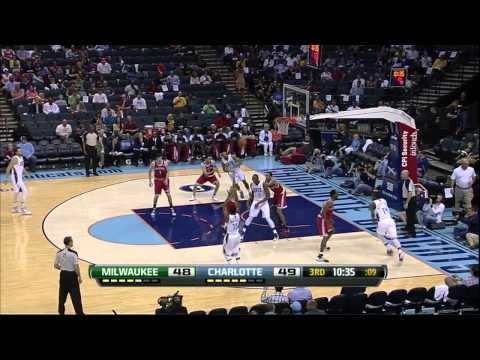 Kemba Walker Full Highlights vs bucks 13.4.13 -  21 Pts and a dunk