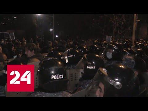 Оппозиция перекрыла все выходы из парламента Армении – Россия 24