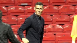 Ronaldo Returns To Old Trafford! - Juventus Conduct Walkabout Ahead Of Manchester United Tie