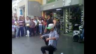 baile en 6 av zona 1 Guatemala.3GP