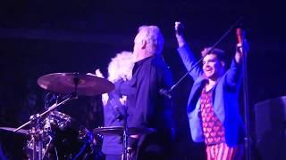 Queen + Adam Lambert - Happy Birthday Roger! - Newark NJ Prudential Center - 07-26-17