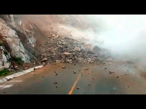 Derrumbe en la Carretera Central afectó esta vía