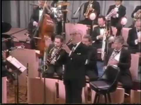 Benny Goodman Let's Dance - Don't Be That Way
