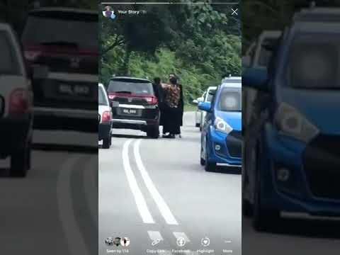 He Karate-Kicked the Woman during a Fight in the Middle of the Road!