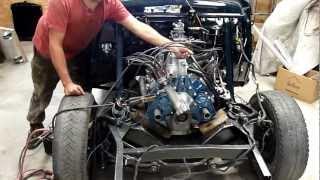 Ford Vedette V8 1954 - Démarrage moteur dans l'atelier de restauration Techni-tacot