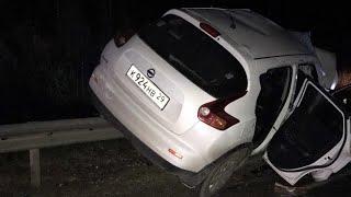 Под Сыктывкаром столкнулись три авто: 2 женщины погибли