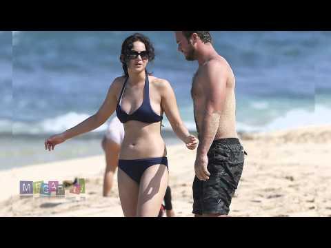 148105b692aeb Jennifer Lawrence wearing a bikini top at a beach in Hawaii - YouTube