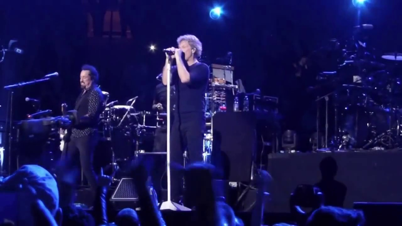Bon jovi madison square garden april 13 2017 prayer and finale youtube for Bon jovi madison square garden
