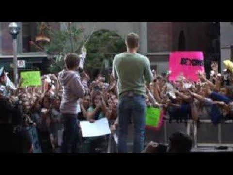 Justin Bieber at Much Music Part 2