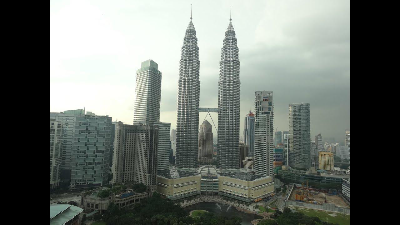 Petronas Towers & Klcc Park - Malaysia