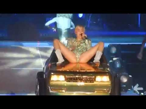 Miley Cyrus - Love Money Party - Live Frankfurt