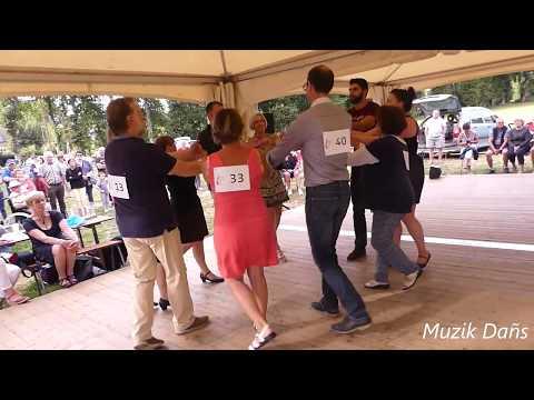 Danse bretonne : Finale Rond de Saint Vincent 2018 à Malestroit (Oust en danse)