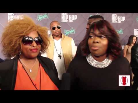 Angie Stone and Son Drop Bars on the Hip-Hop Awards Green Carpet