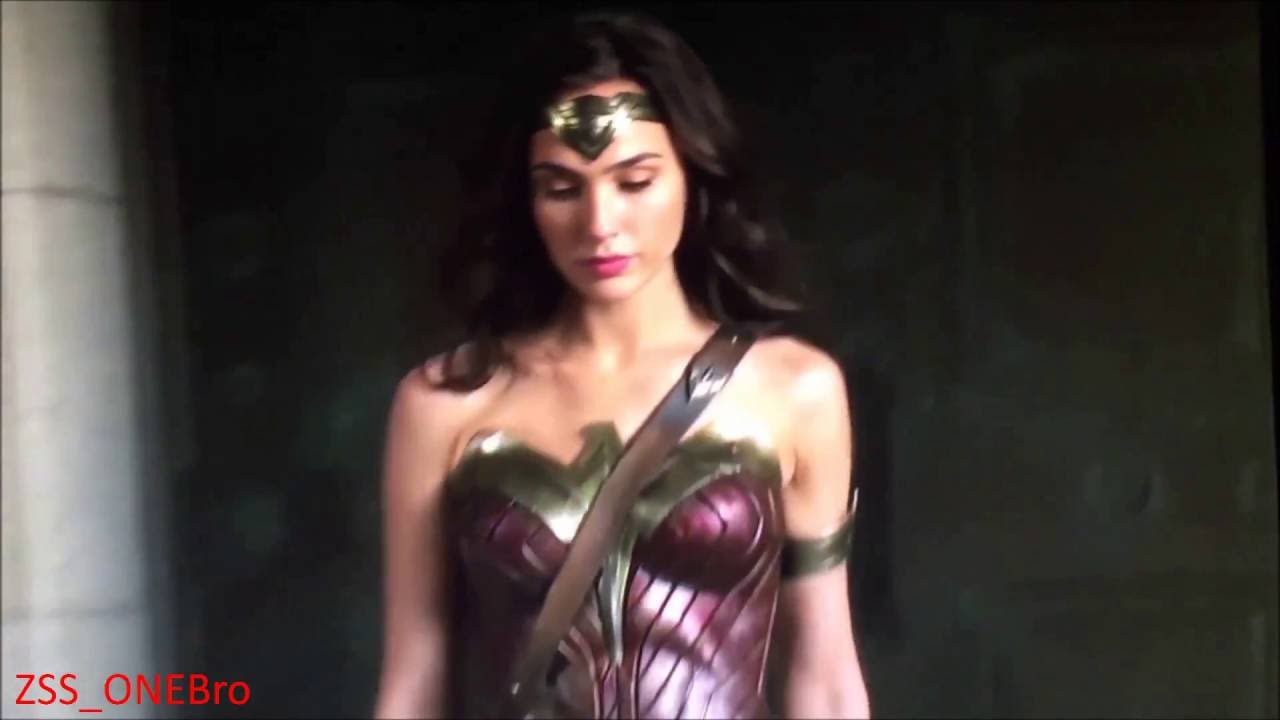 Sexy picture of wonder woman