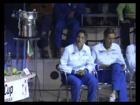 Teams presentation during Italy-China in Fed Cup 2007