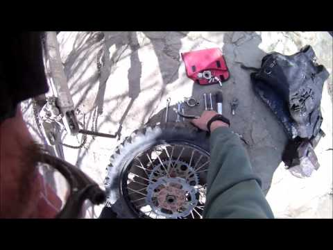 Puncture repair on the trail