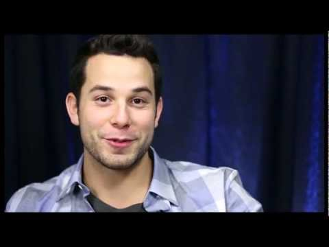 People With Paul Wontorek: Skylar Astin on Baring His Booty & Dreams of a Lea Michele Reunion