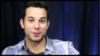 Show People With Paul Wontorek: Skylar Astin on Baring His Booty & Dreams of a Lea Michele Reunion