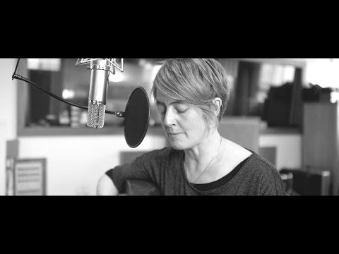 Karine Polwart - Lark in the Clear Air